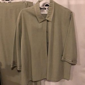 Koret two piece shirt and top size XL